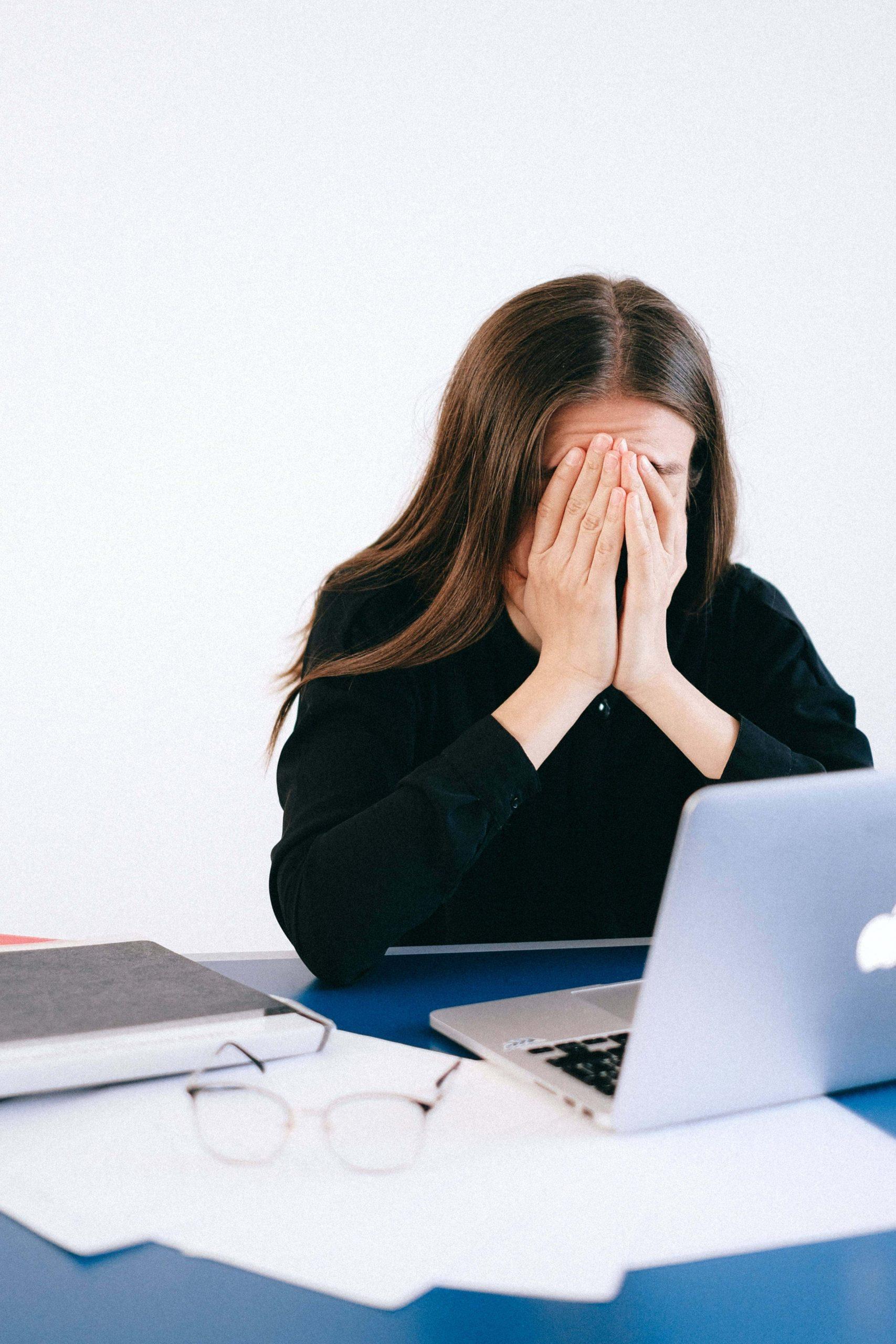 تأثير الإجهاد على التحكم المتعمد في الذاكرة