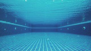 حوض سباحة داخلي أدى إلى إصابة مُراهق بمرض ( رئة الحوض الساخن ) !