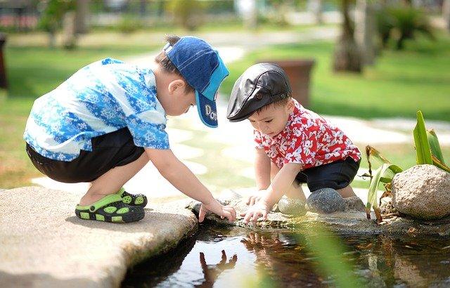يجب أن يتعلم الأطفال الفشل حتى ينجحوا|كيف لتشجيع الأبوين وحماسهم المبالغ أن يحد من تقدم أطفالهم؟