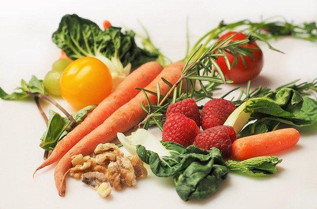 تناول الفواكه والخضروات يقلل الشعور بالإجهاد